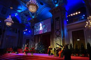 Weihnachten in der Hofburg, Sopran Monika Medek