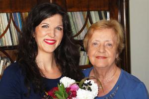 Monika Medek und Prof. Helga Meyer-Wagner
